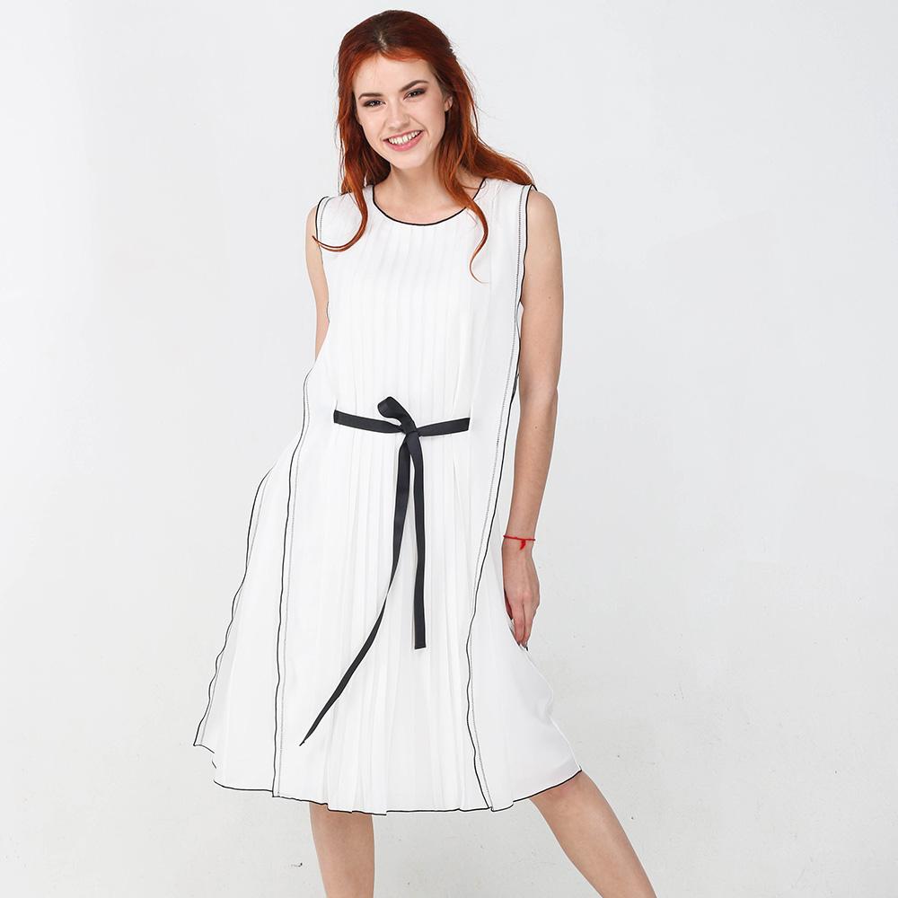 Коктейльное платье Seventy белого цвета