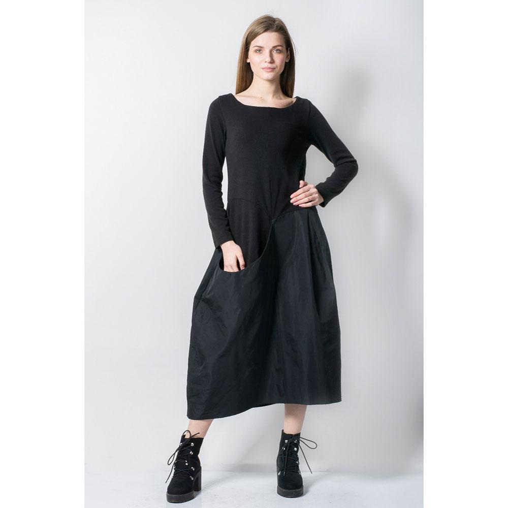 Черное платье Tensione in из двух тканей
