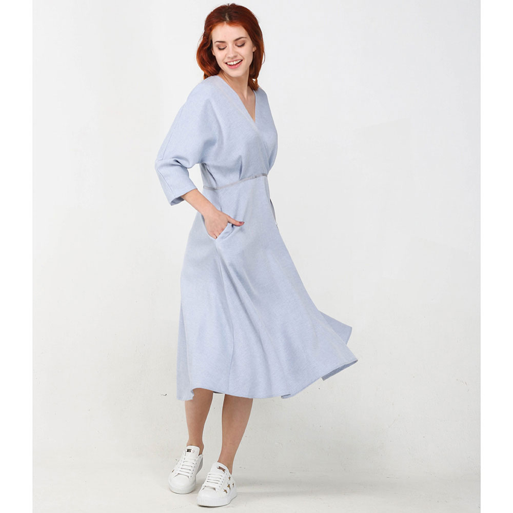 Голубое платье ViGiO с рукавом три четверти