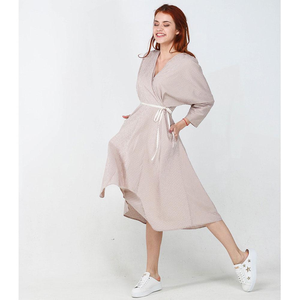 Клетчатое платье ViGiO с запахом бежевого цвета