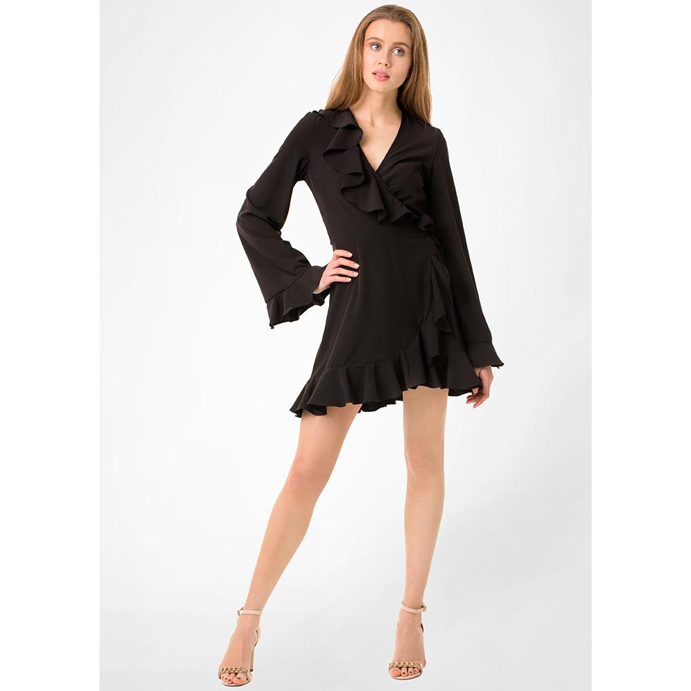 Черное платье WeAnnaBe с пышной юбкой на запах