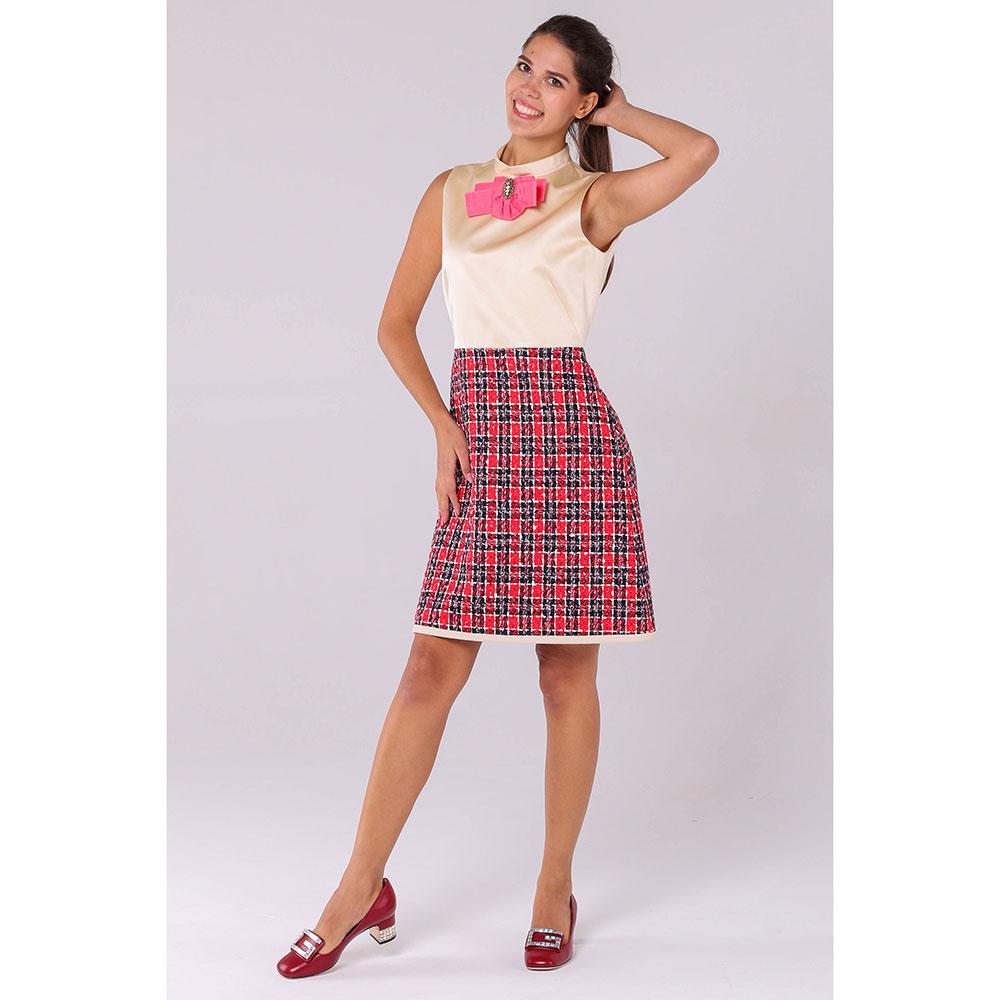 Бежевое платье с красной юбкой Gucci