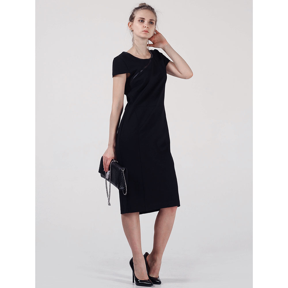 Черное платье-футляр Cerruti длины миди