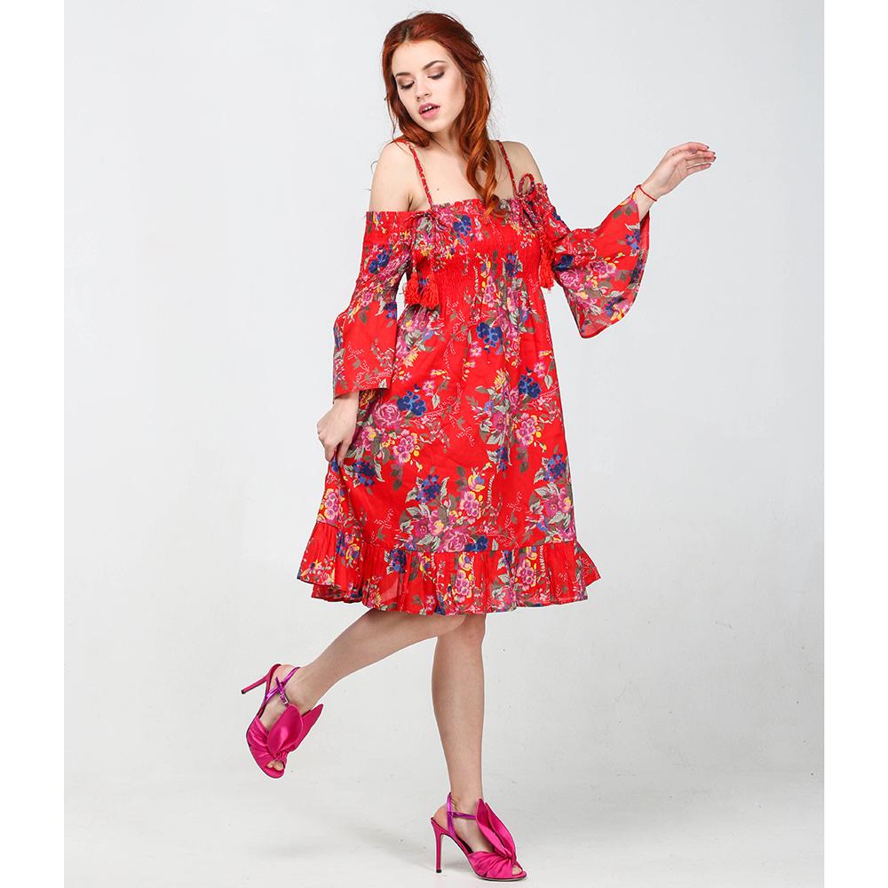Красное платье Twin-Set Simona Barbieri с открытыми плечами