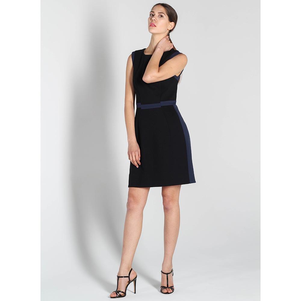 Платье-футляр DVF черного цвета с синей вставкой на поясе