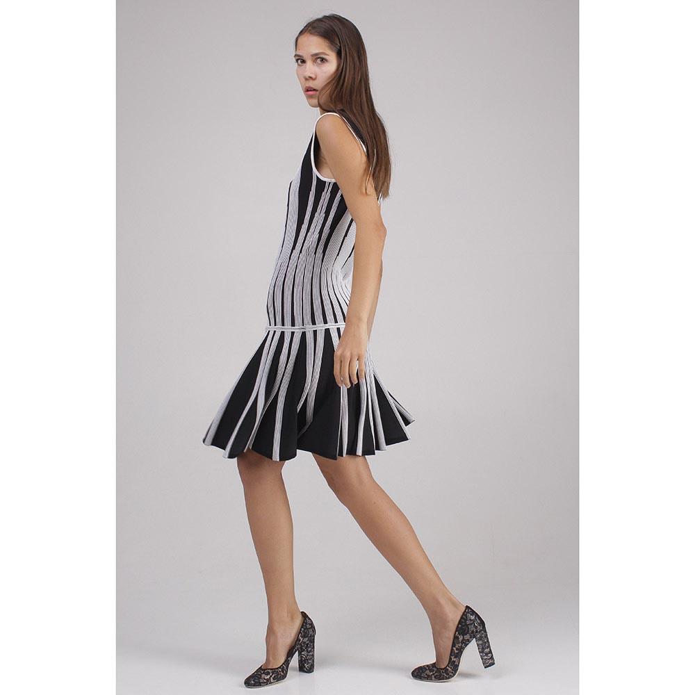 Платье черное DVF с белыми узорами