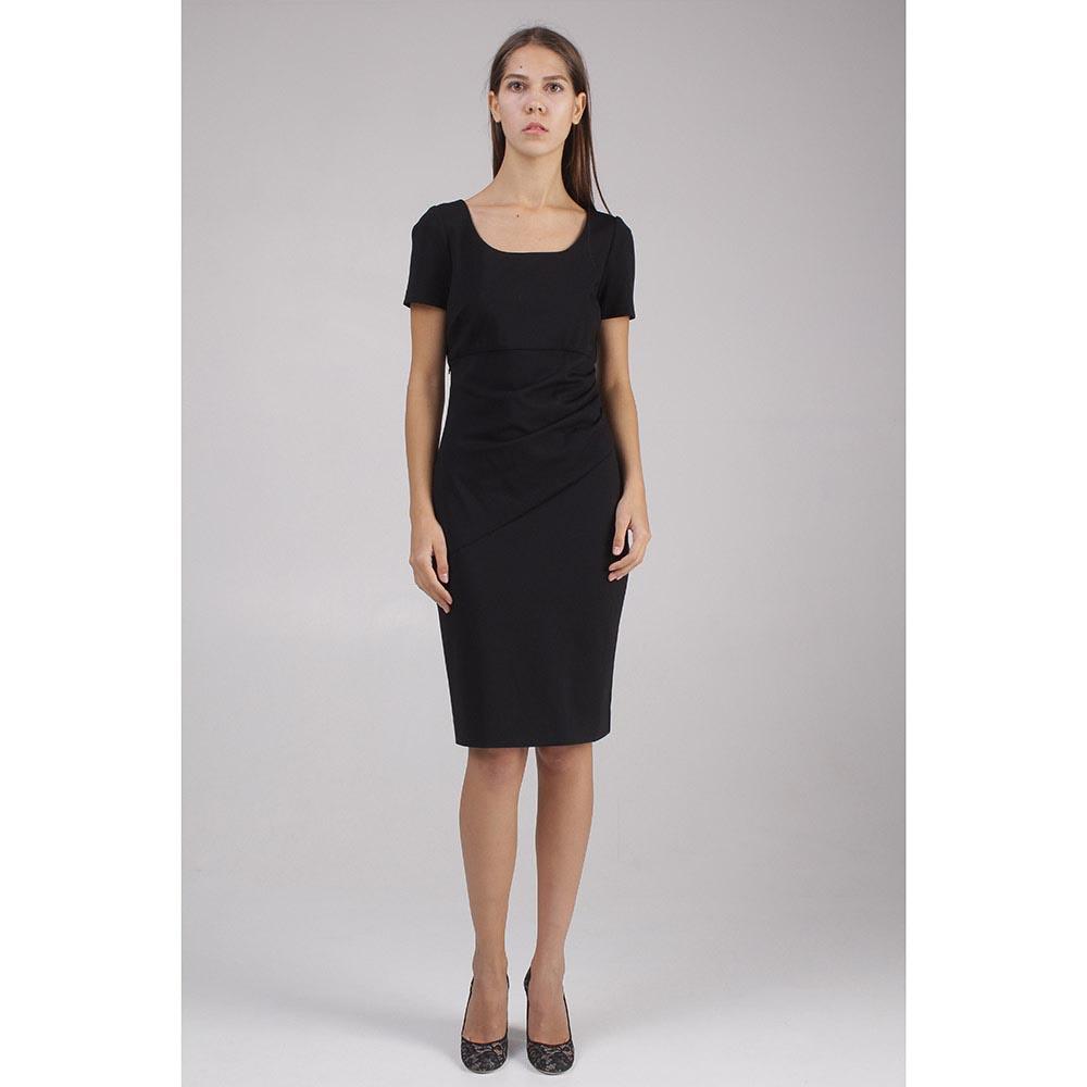 Черное платье DVF с драпировкой на талии