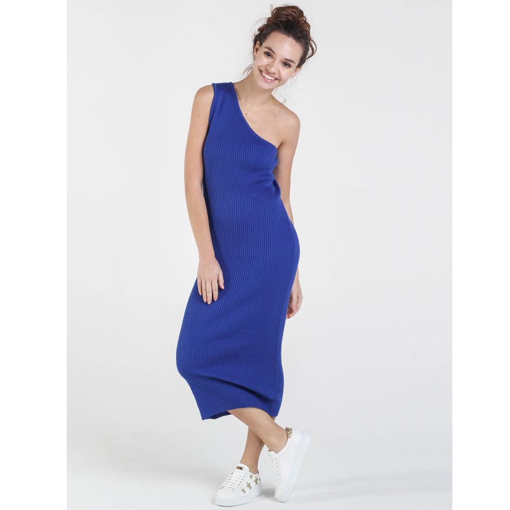 Вязаное платье-футляр Nit.ka на одно плечо синего цвета