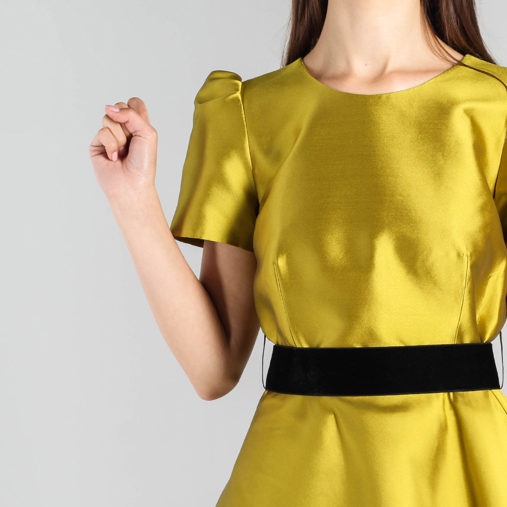 Платье с пышной юбкой P.A.R.O.S.H. горчичного цвета