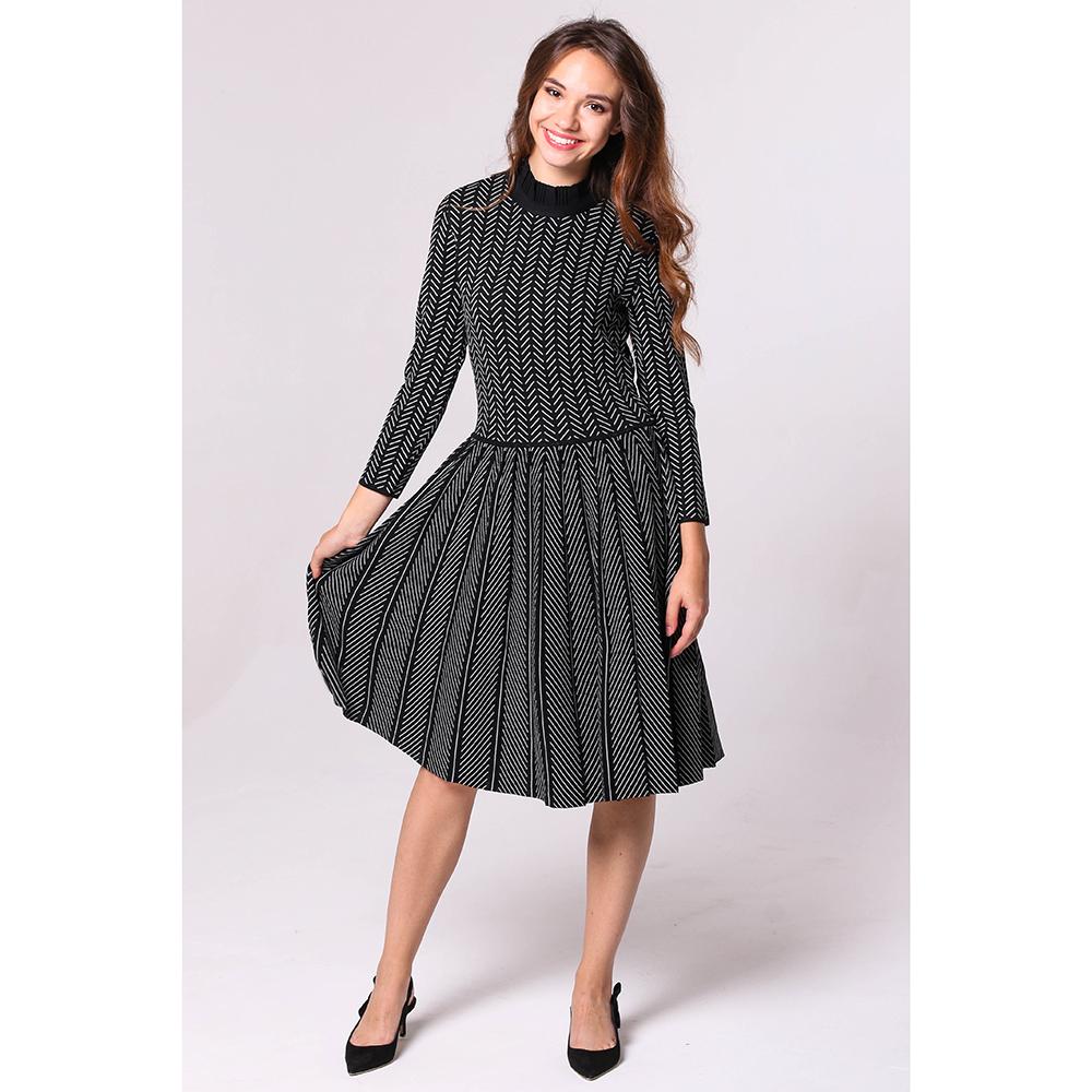 Черное платье Emporio Armani с пышной юбкой