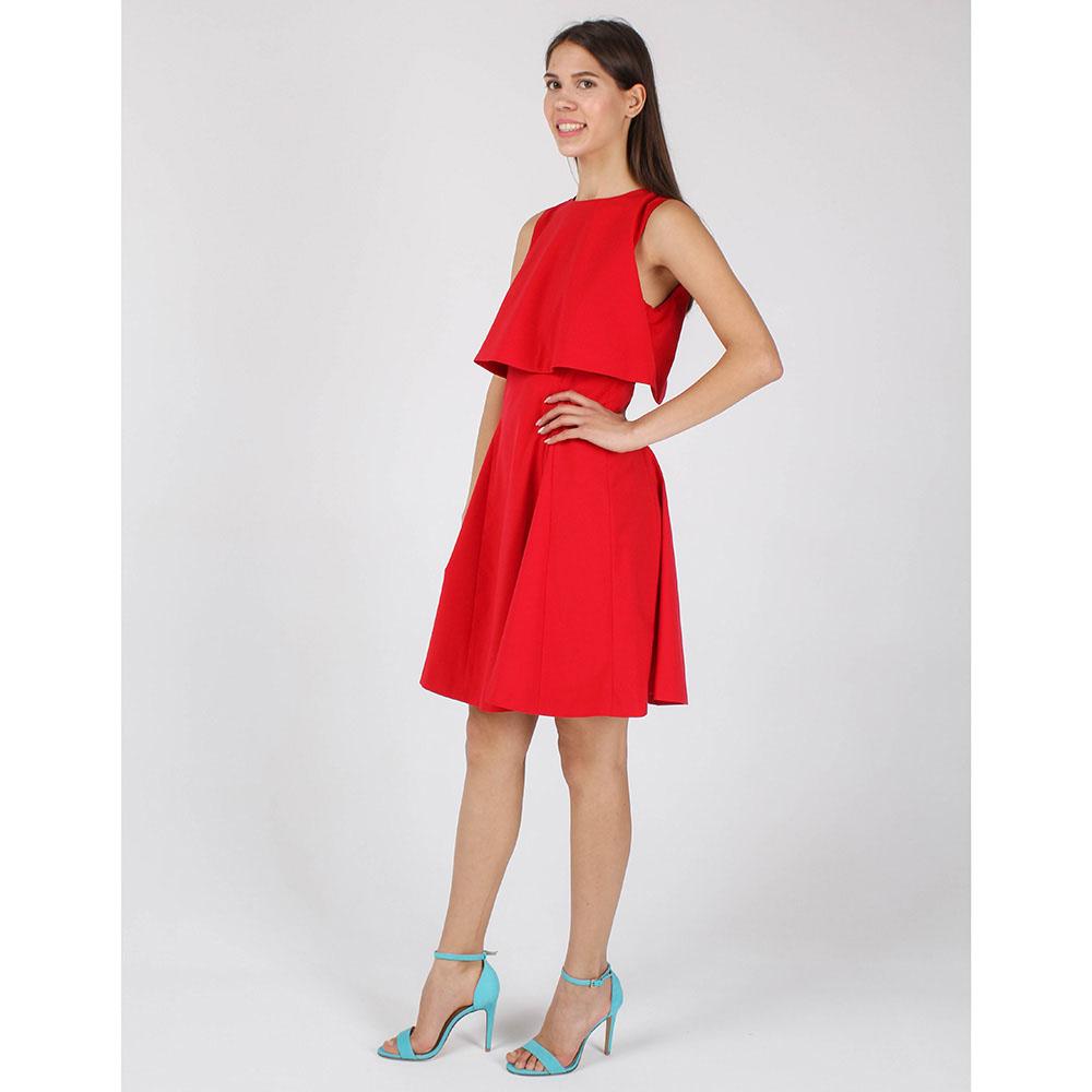 Платье без рукава Armani Jeans красного цвета с юбкой-клеш
