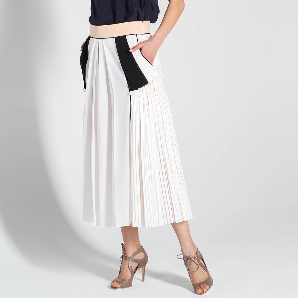 Шелковая юбка-миди Chloe белого цвета с плиссированными вставками